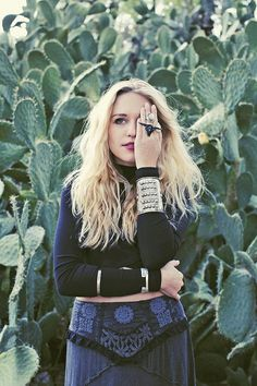 The Details - The edgy accessories match the grouping of the cacti in the background. Dark Fashion, Gothic Fashion, Boho Fashion, Desert Fashion, Cactus Photoshoot, Free People Clothing, Look Boho, Ootd, Couture