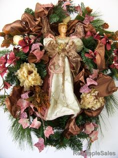 victorian wreaths | ... wreath with a Victorian flair. This is an elegant wreath choice with