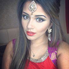 Traditional On Pinterest Sabyasachi Hindus And Saris