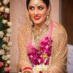 All that glitters.is gold ! Love the soft shell pink with the muted glitzy gold complented with the bright lip Bridal Outfits, Bridal Dresses, Bright Lips, Punjabi Bride, Pastel Outfit, Big Fat Indian Wedding, Bridal Beauty, Bridal Portraits, Beautiful Moments