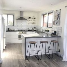 Supreme Kitchen Remodeling Choosing Your New Kitchen Countertops Ideas. Mind Blowing Kitchen Remodeling Choosing Your New Kitchen Countertops Ideas. Apartment Kitchen, Home Decor Kitchen, New Kitchen, Kitchen Wood, Kitchen Grey, Smart Kitchen, Dream Apartment, Awesome Kitchen, Apartment Interior