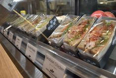 f:id:kyoto-hanari:20171227230505j:plain Kyoto, Chicken, Foods, Shop, Travel, Food Food, Food Items, Viajes, Destinations