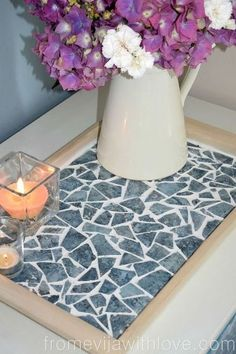 diy mosaic tile tray, crafts, how to, repurposing upcycling Mosaic Tray, Mosaic Tile Art, Mosaic Crafts, Mosaic Glass, Mosaic Tile Table, Glass Art, Azulejos Diy, Broken Glass Crafts, Leftover Tile