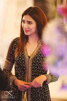 See Mahira Khan at a Recent Wedding Indian Attire, Indian Wear, Pakistani Outfits, Indian Outfits, Mahira Khan Pics, Eastern Dresses, Indian Wedding Wear, Pakistani Actress, Pakistani Bridal