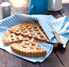 Czech Recipes, Waffles, Food And Drink, Ice Cream, Sweets, Baking, Breakfast, Czech Food, Cakes