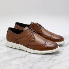 Sporty brogues fra Gregers. Disse glir inn på jobben og ut på fredagspils etterpå. Brogues, Men's Shoes, Kicks, Footwear, Sporty, My Style, Sneakers, Collection, Fashion