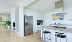 Minimalist Coastal Home | Homebuilding & Renovating