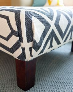 DIY ~ Rug Ottoman Tutorial, with nice corners when upholstering without having to sew!!