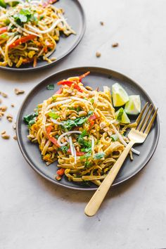 Vegan Pad Thai (in 30 Minutes! This Vegan Pad Thai is a perfect weeknight dinner! Its packed with flavor loaded with veggies and only takes 30 minutes to make. Vegan Recipes Videos, Vegan Recipes Easy, Asian Recipes, Vegetarian Recipes, Vegan Recepies, Cooking Recipes, Cooking Tofu, Cooking Beets, Cooking Games
