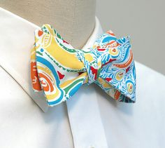 Mens Bow Tie in Lilly Pulitzer turquoise peacock
