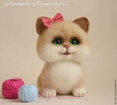Купить Кошечка Муся - бежевый, кошка, Кошки, кошечка, игрушка из шерсти, войлочная игрушка
