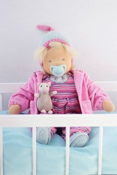 Babypuppe Marla mit Schnuller