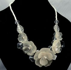 Vintage 70s Lucite Flower Necklace by jujubee1 on Etsy, $24.00