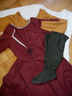 : Women's Clothing Good blog, lots of examples. Some fails in translation.