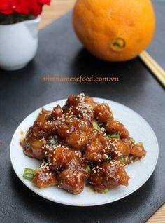 Braised Chicken with Orange Recipe (Gà Sốt Cam) from http://www.vietnamesefood.com.vn/vietnamese-recipes/vietnamese-chicken-recipes/braised-chicken-with-orange-recipe-ga-sot-cam.html