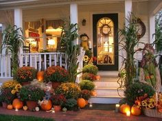 Festive Fall Porches - http://homechanneltv.blogspot.com/2016/10/festive-fall-porches.html