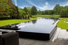 You have a lovely pool, so let's help you maintain it. The bigger The pool is, the bigger the catch basin should be. If you would like such a pool in your backyard, you should be prepared to devote more money on it. Swimming Pool House, Swiming Pool, Luxury Swimming Pools, Luxury Pools, Dream Pools, Swimming Pool Tiles, Inground Pool Designs, Backyard Pool Designs, Swimming Pool Designs