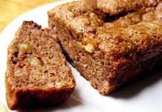 Healthy Baking: Surprising Butter Substitutes - add apple butter to this list Cooking For A Group, New Cooking, Butter Substitute Baking, Baking With Applesauce, Cooked Apples, Healthy Baking, Healthy Breads, Healthy Tips, Healthy Food