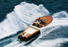 #events #excellence #ferretti750 #ferrettiyachts #ferretti450 #versiliayacthingrendezvous Ferretti group at the Versilia Yachting Rendez-Vous with 15 yachts and a tribute to Carlo Riva What's new on Lulop.com http://ift.tt/2pYw6jK