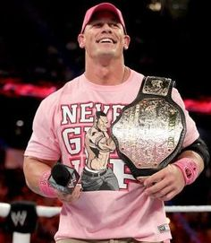 Raw 10/28/13: New World Heavyweight Champion John Cena kicks off Raw