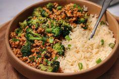 Broccoli Recipes, Healthy Ground Chicken Recipes, Healthy Recipes, Cooking Recipes, Greek Stuffed Peppers, Ground Chicken Stuffed Peppers, Side Dish Recipes, Asian Recipes, Dinner Recipes