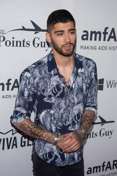 Silly story. Anyway, Zayn Malik definitely wears the most gorgeous shirts!