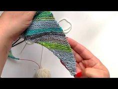 (9) Návod na pletení šikmého trojúhelníkového šátku - i pro začátečníky - YouTube