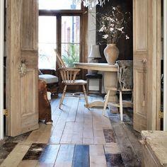 Älskar det här golvet! Hela hemmet finns i nya numret - hos pren idag, i butik imorgon! /monika #skonahem #nyttnr #inredning #inspiration