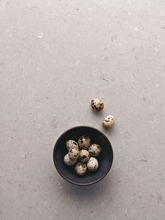 Flecks and specks with 4130 Clamshell - Caesarstone®