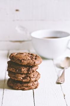 gently spiced double chocolate cookies   movita beaucoup