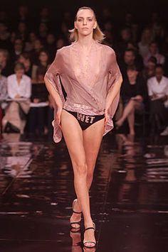 Stella McCartney Spring 2002 Ready-to-Wear Fashion Show -