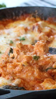 Healthy Chicken Parmesan, Chicken Parmesan Casserole, Low Carb Chicken Recipes, Easy Healthy Recipes, Mexican Food Recipes, Low Carb Recipes, Vegetarian Recipes, Cooking Recipes, Chicken Meals