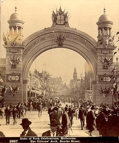 Federation Roses Stereoscopic Views Duke of York Celebrations, Melbourne 1901 The Citizens Arch, Bourke Street Melbourne, Victoria, Australia Melbourne Victoria, Victoria Australia, City Of Adelaide, Australia Tourism, Melbourne Australia, Brisbane, Best Cities, Historical Photos, Old Photos