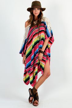 Serape Lovely Day Kaftan from Jen's Pirate Booty Mexican Fancy Dress, Mexican Outfit, Mexican Dresses, Mexican Style, Mexican Clothing, Hippie Style, Hippie Boho, Boho Style, Boho Chic