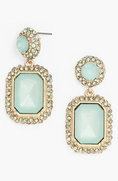 Mint gems and crystals give your look that extra something special.