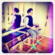 "@inspirahpilates's photo: ""Gus @silencioagudo presentando se examen en nuestro @Balanced_Body #pilatesteachertraining"""