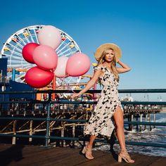 T H E • C I T Y • B L O N D E Fashion Blogger  San Francisco  Stephanie@thecityblonde.com   TheCityBlonde