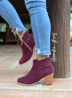 Botin, botines, botas, calzado femenino, zapatos Ankle, Outfits, Shoes, Fashion, Girly, Footwear, Boots, Moda, Suits