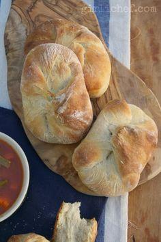 Rustic Potato Rolls/Buns {#TwelveLoaves: Root Vegetables} | www.girlichef.com