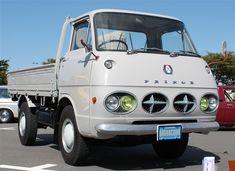 Nissan Prince Clipper T65 Small Trucks, Mini Trucks, 4x4 Trucks, Lifted Trucks, Ford Trucks, 1957 Chevrolet, Chevrolet Trucks, Chevrolet Impala, Datsun Car
