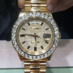 ♛ Rolex 18K Gold Ladies w/Diamond Bezel ♛ this is what I want for my 40th birthday.
