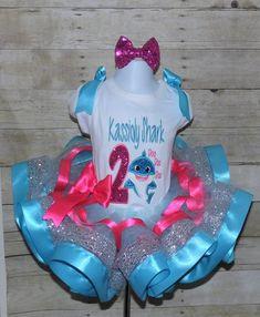 Puppy Birthday, Birthday Tutu, Animal Birthday, Frozen Birthday, Birthday Shirts, Baby Shark Song, Baby Shark Doo Doo, Muppet Babies, Cake Smash Outfit
