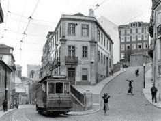 Fotografia de ruas de Lisboa em 1940 / Street scene in Lisbon, 1940s