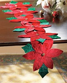 Collections Etc - Christmas Poinsettia Floral Table Runner Christmas Runner, Christmas Poinsettia, Felt Christmas, Christmas Ornaments, Christmas Projects, Holiday Crafts, Holiday Decor, Deco Table Noel, Gold Christmas Decorations