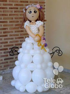 Muñeca de comunión de globos personalizada