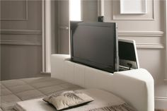 Honley Leather TV Bed - White