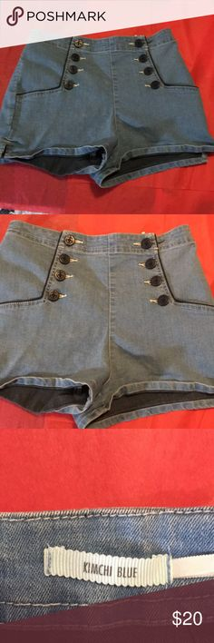 "Kimchi Blue Vintage Sailor Hot Pants Vintage style sailor hot pants. Good condition. Waist 13.5"" across. Front size 11"". Inseam 2"". From Urban Outfitters Kimchi Blue Shorts Jean Shorts"