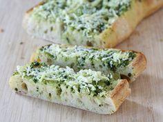 Basil Butter Garlic Bread | Tasty Kitchen Blog