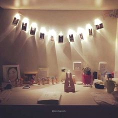 1.2M 10 LEDs LED Battery-Operated string light - One string included Photo examples may show more than one light string. Material: LED, plastic Product Color: Transparent Light Color : Warm White Product Descriptions: One button operation design, it is more convenient to use. Be super bright and low power consumption.