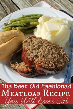 This old fashioned meatloaf recipe has been passed down for a few generations and is still one of my favorites meatloaf recipes ever! meat loaf The Best Old Fashioned Meatloaf Recipe You Will Eat Beef Steak Recipes, Beef Recipes For Dinner, Ground Beef Recipes, Meat Recipes, Water Recipes, Cooker Recipes, Recipies, Amish Recipes, Party Recipes